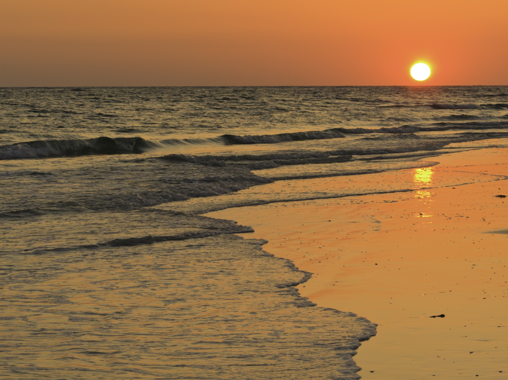 Classic sunset over Gulf of Mexico near Sarasota, Florida